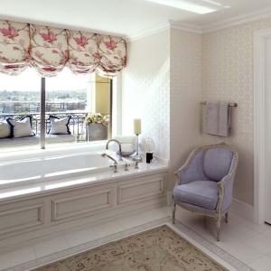 penthouse_master-bath1